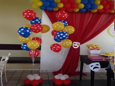 Decoração de balões circo