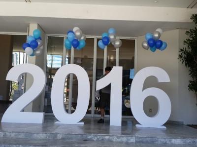 balões de latex azul com gas helio